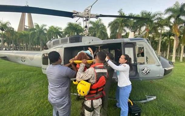 ДТП у Домінікані: одна з постраждалих позбулася рук