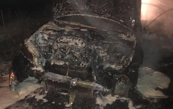 В Днепропетровской области сожгли авто полицейского