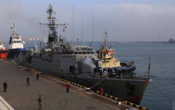 Французький ракетний корвет зайшов у порт Одеси