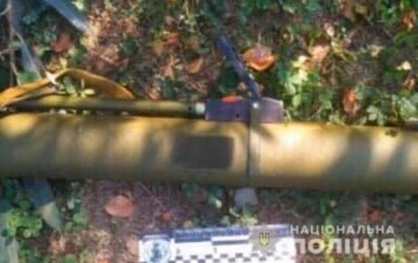 На Закарпатті затримали чоловіка за обстріл магазину з гранатомета
