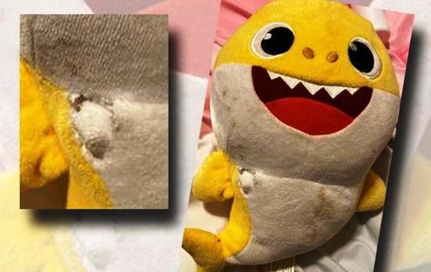 Іграшка врятувала дитину від випадкової кулі