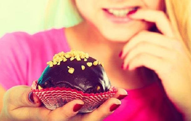 Отказ от сладкого при похудении вреден - диетолог