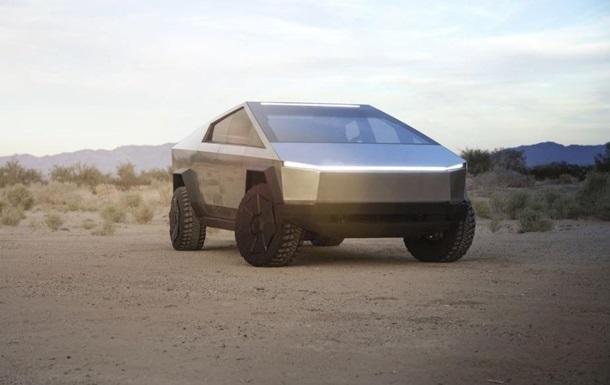 Tesla Cybertruck помітили на дорозі