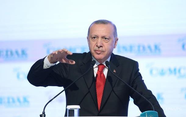 Эрдоган посоветовал Макрону обратиться к врачу