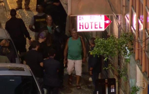 У Бразилії чоловік узяв у заручники відвідувачів бару
