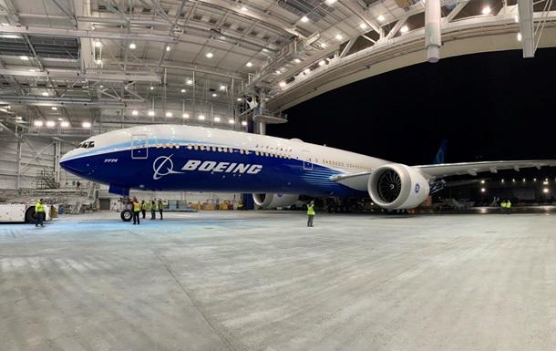 Лайнер Boeing 777X розвалився під час випробувань
