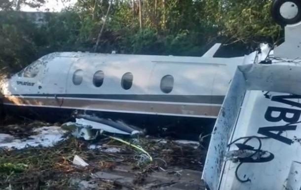 У США під час аварії літака загинули дев ятеро людей