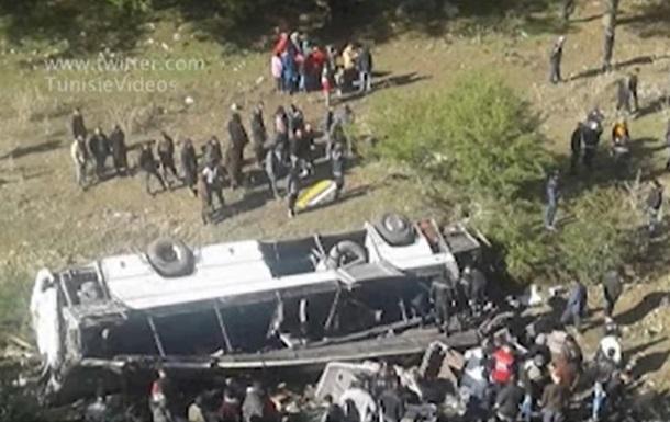 У Тунісі потрапив у ДТП туристичний автобус: 22 жертви