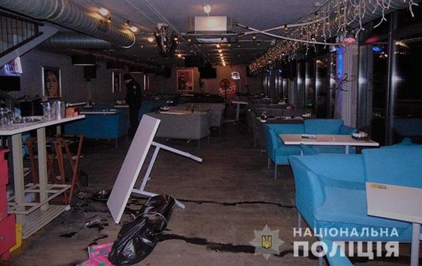 Бійка в київській піцерії: постраждали восьмеро людей