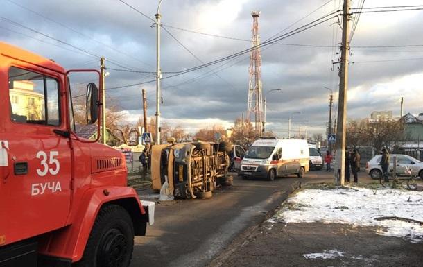 Два человека погибли в ДТП с участием Porsche и маршрутки под Киевом