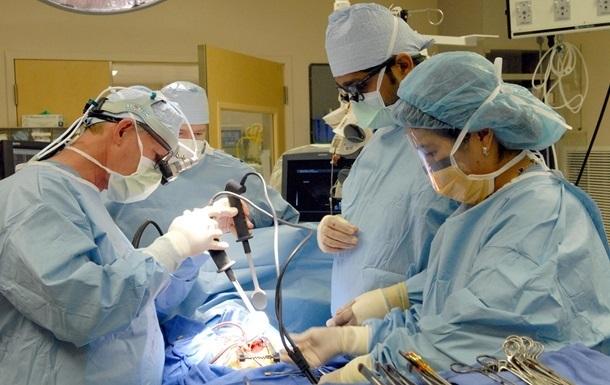 Лікарі вперше  воскресили  мертве серце