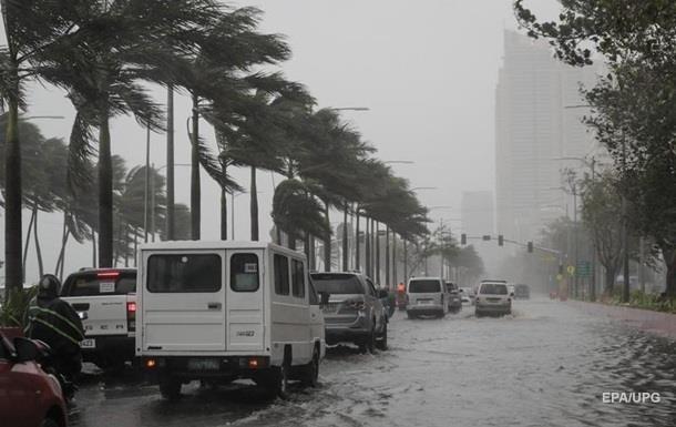 Філіппіни накрив тайфун, 17 загиблих