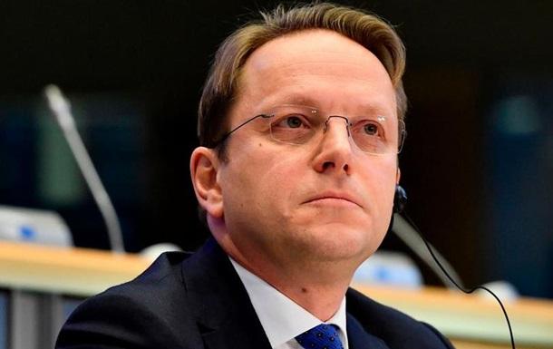 Єврокомісар: Окуповані території не завадять зближенню України з ЄС