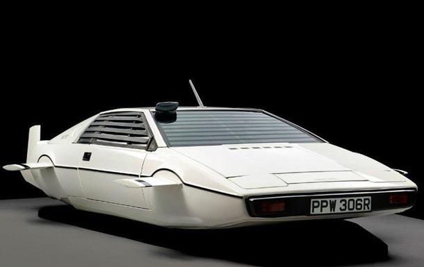 Субмарина Lotus з фільму про Джеймса Бонда надихнула Маска на Cybertruck