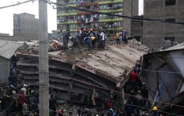 У Кенії завалилася шестиповерхова будівля