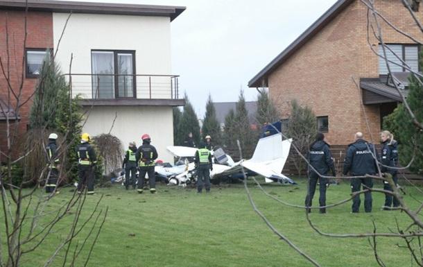 У Литві розбився спортивний літак, дві людини загинули