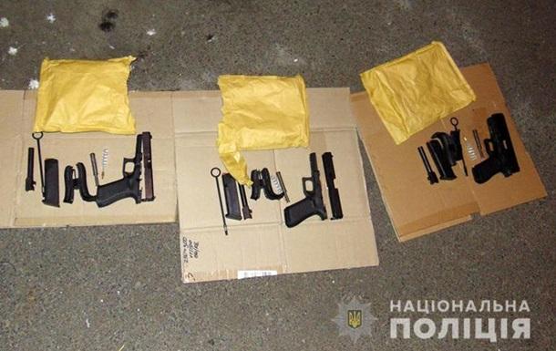 У Києві затримали громадянина Росії з пістолетами