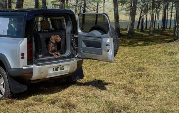 Тестувати Jaguar Land Rover буде 3D-лапа лабрадора