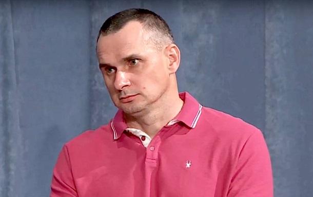 Сенцов заявив, що став на військовий облік