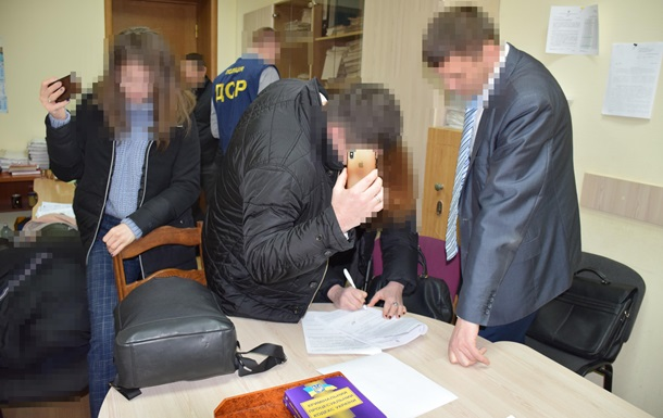 В Житомирской области секретарь горсовета не внесла в декларацию 42 млн