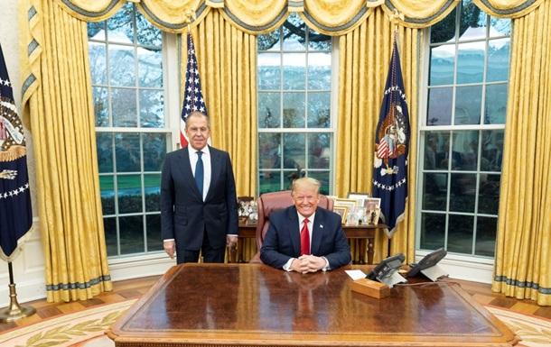 Закрита зустріч. Навіщо Лавров їздив до Трампа