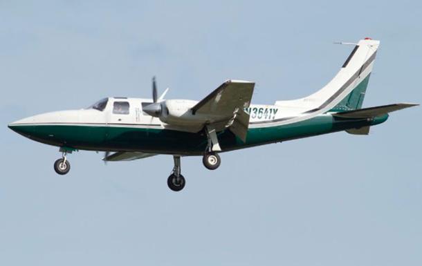 Невеликий літак розбився в Канаді: є жертви