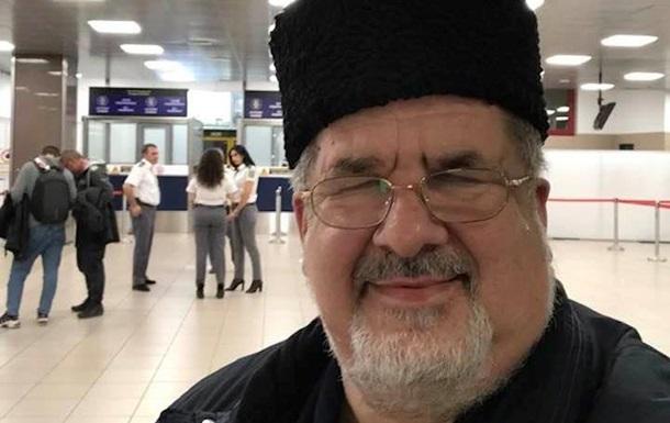 Чубарова на три часа задержали в аэропорту Бухареста