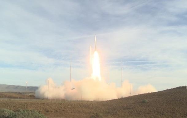 США провели испытание баллистической ракеты