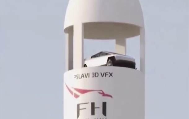 У Маска обсуждают запуск Cybertruck в космос