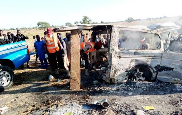 У Нігерії автобус потрапив у ДТП: 25 загиблих