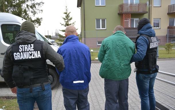 На кордоні Польщі затримали рекордну партію бурштину