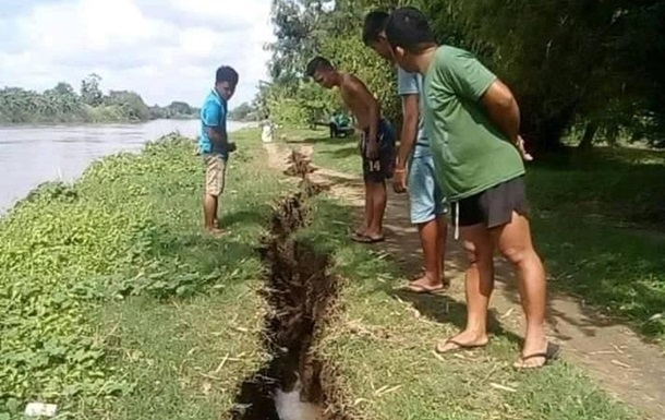Почти 40 человек пострадали при землетрясении на Филиппинах