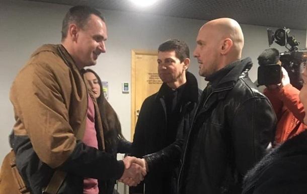 Сенцов прибув на реабілітацію в Латвію