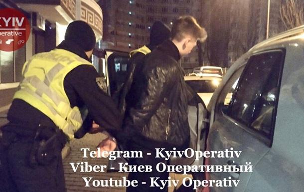 В Киеве 15 экипажей полиции ловили юного водителя