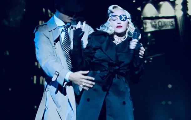 Мадонна показала 26-річного коханого