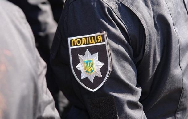 У Києві п яний побив 19-річну патрульну