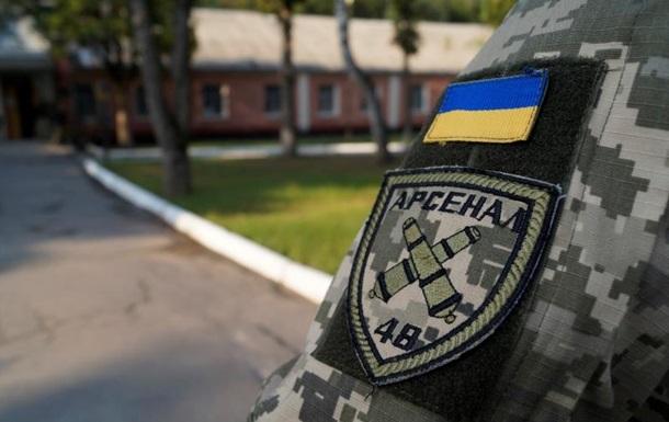 Територію Калинівського військового арсеналу розмінували після вибухів