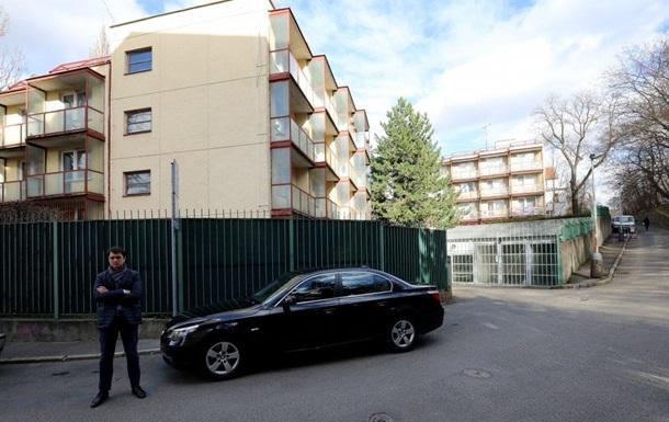 Чехія депортувала чотирьох мешканців будинку російського дипкорпусу