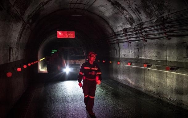 На вугільній шахті в Китаї загинули щонайменше 14 гірників