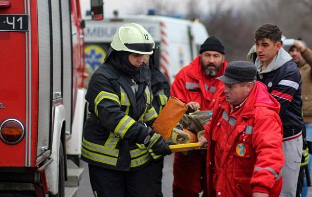 У Чернігівській області в ДТП загинули троє людей, 15 постраждали