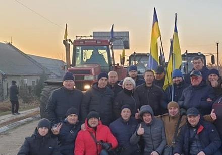 Полтавщина повідомила Президента про відмову депутатів продавати землю