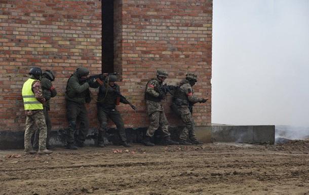 Украинских военных учат вести бой в условиях города