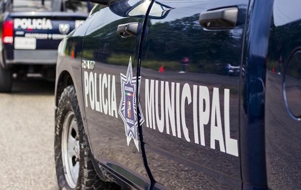 У Мексиці чоловік скоїв напад на дитячий садок