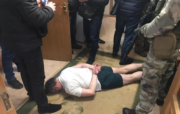 Поліція затримала киянина за вибух гранати у дворі бізнесмена
