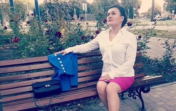 Я, маленька українка, забороняю Зеленському підписувати контракт з Росією
