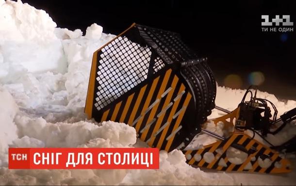В Киев везут 30 тонн карпатского снега для сноупарка