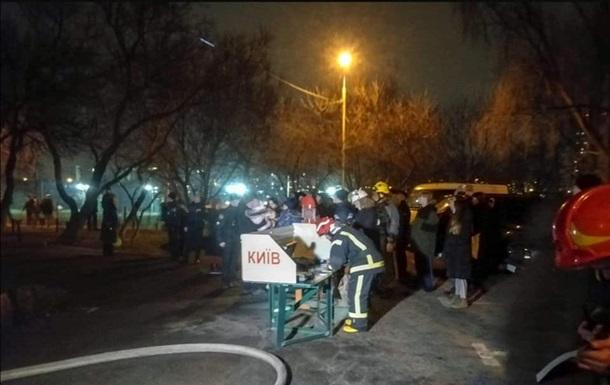 У Києві горіла багатоповерхівка: є жертви