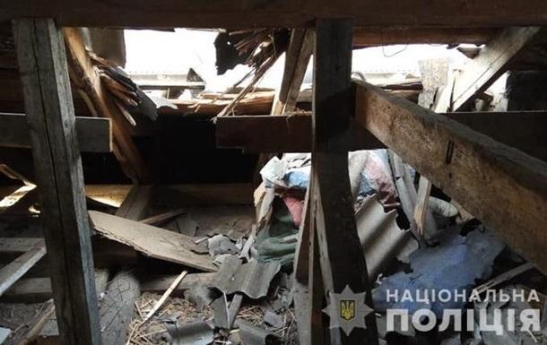 Сепаратисты обстреляли город на Луганщине, повреждены дома