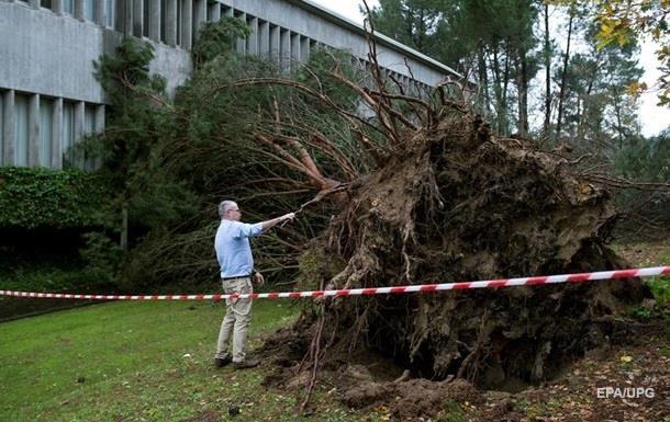 Восемь человек стали жертвами стихии в Испании и Португалии