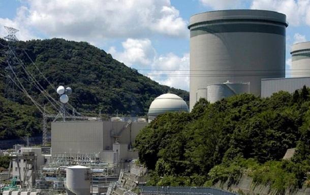 У Японії зупинять два реактори на АЕС